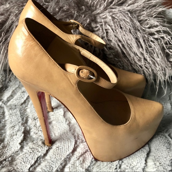 61f7cf8433a Christian Louboutin Shoes - AUTHENTIC Louboutin Lady Daf 160 pumps. Size 37